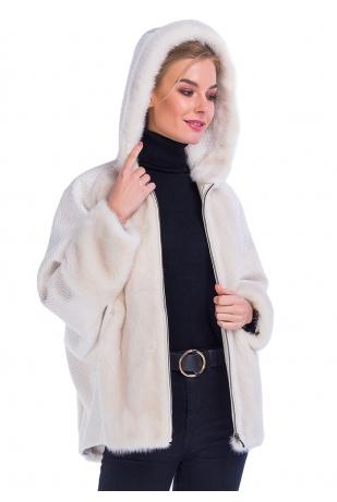 Куртка светлая с капюшоном из меха норки (42-7004)