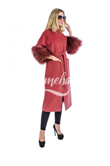 Пальто розовое рукав чернобурка (56-10030)