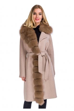Приталенное пальто с мехом песца (44-908)